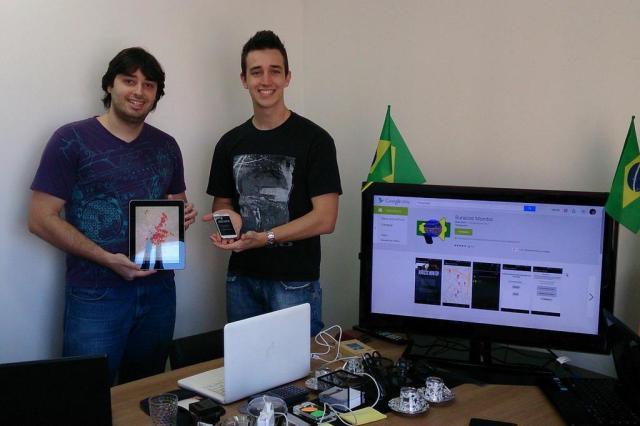 Carlos (esquerda) e Bruno (direita) - Criadores do Projeto Buracos Monitor